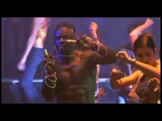 Терри Крюс танцует. фильм