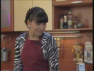 На кухне телевизионной программы «Тамле» Ксения Баранова