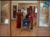 Kuch Toh Log Kahenge Episode 176 (5th June 2012) Ashutosh Tries To Stop Mallika From Committing Suicide