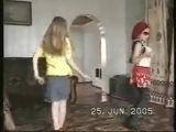 Я и Лена в 8 лет танцуем под Глюкозу))