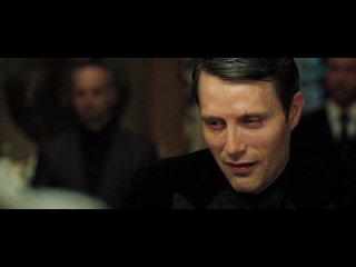 Джеймс Бонд играет в покер. Казино Рояль (Casino Royale) 2006.