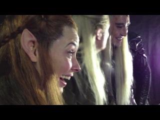 Актеры смотрят на реакцию фанатов, которые впервые увидели трейлер «Хоббит: Пустошь Смауга»