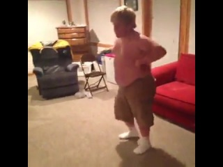 Fat Kid Grinding  (Vine)