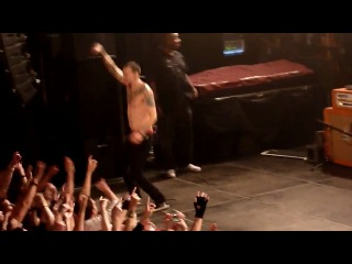 Funny Chester dancing