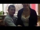 школьник лапает одноклассницу за грудь