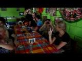Мексиканское кафе с живой музыкой.