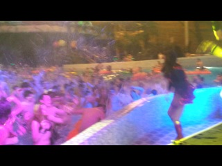 Aqua Revolution III (01.06.2013) Super Hero