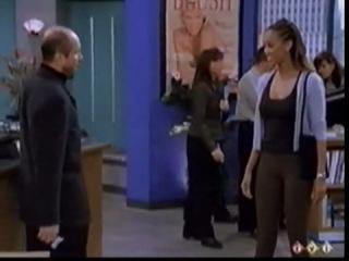 1999 | Just Shoot Me! | Журнал мод | 3 сезон | 14 серия | Момент с Тайрой (на анг.)