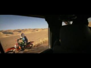 Гонка парамотор-мотоцикл в пустыне