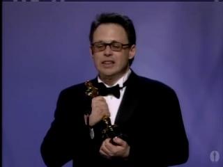 Билл Кондон получает Оскар за лучший сценарий к фильму