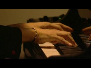 Ryuichi Sakamoto - Merry Christmas Mr. Lawrence (Live 'Playing the Piano')