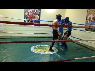 спаринг Арсен vs Ахмед 3 раунд