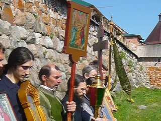 Соловки. Крестный ход в Соловецком монастыре на Праздник отдания Пасхи, 2013, часть 2
