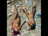Dead teen nudists или Шрек над двумя нудистками....