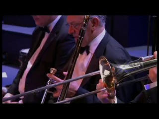 """Tom and Jerry"" suonata dal vivo dall'orchestra"