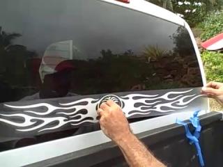 как наклеить наклейку на стекло вариантом использования термобелья