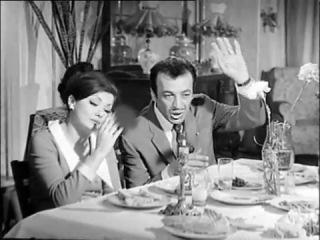Yerlisinemaizle.com Sadri Alışık Mine Mutlu Kaldırım Çiçeği (1969)