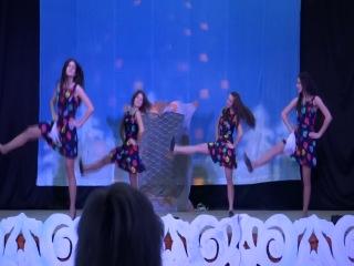 Русско-народный танец 10 Б