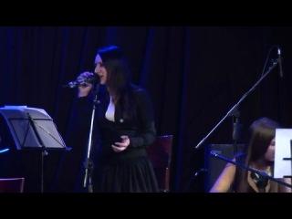 Солистка групп Louna и Трактор Боулинг,аккустика,дуэт на сольном концерте с солисткой группы Тотал (Мария Черкунова)
