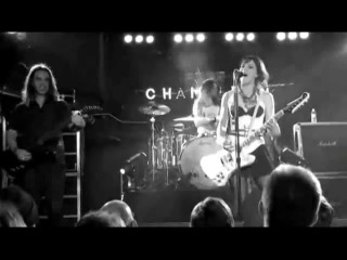 Halestorm-All I Wanna Do Is Make Love To You
