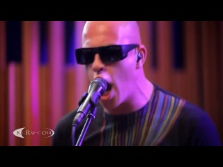 Infected Mushroom - The Pretender (Live at KCRW, Foo Fighters cover)