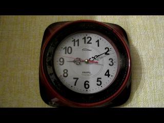 часы в моей комнате пошли назад о_О