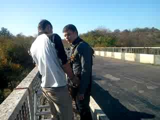 Прыжки с веревкой с 35 м моста под Первомайском