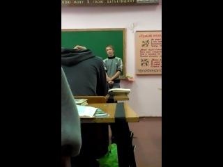 Толя Дєрзкий -