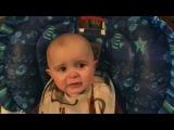 Малыш плачет, когда мама поёт | Бесценная реакция ребенка |