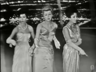 ♫ Оскар 1959. Angela Lansbury, Joan Collins and Dana Wynter performing at the Oscars