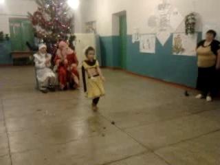 Индийский танец!!! Хатуба! Бисенова Асель.. 2013