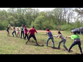 Перетягивание каната на маёвке: Девочки, Ч.2