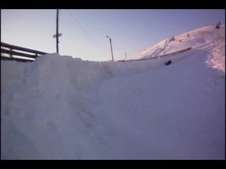 Сноутюбинг-катание с гор по снегу на санках-ватрушках