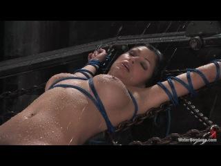 Water Bondage. Isis Love & Aria Giovanni 06.07.2012