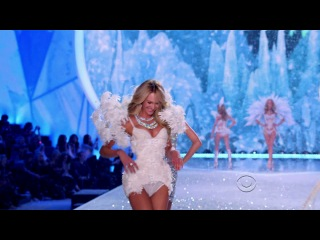 Taylor Swift feat. Fall Out Boy - Victoria's Secret Fashion Show 2013