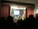 Ася и Ира танцуют