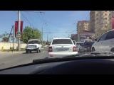 Как в Махачкале уступают дорогу скорой помощи == Кормушка Уникальное Фото Видео Приколы Гифки ==