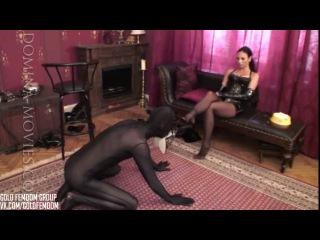 Madame Catarina - Bootlicker's doggy day III.