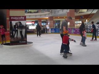 Первые уроки катания на коньках_1
