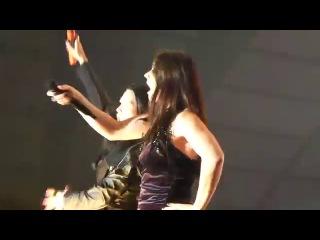 Tarja Turunen & Floor Jansen - Over the hills (Вместе поют бывшая и нынешняя вокалистки Nightwish)
