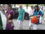 Харе, Кришна и Рама. Кишинев 2012