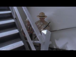 Притворщик (Pretender)  сериал 4 сезон 8 серия  Порядок применения оружия (Rules of Engagement).