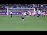 Великолепный гол со штрафного Роналдиньо в ворота Ботафого | Ronaldinho Amazing Free Kick Goal vs Botafogo[720p]