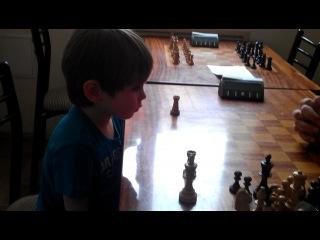 Яся шахматист