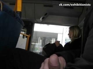 Фетишист в автобусе она конце