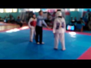 Моя доча,Чемпионат Казахстана по таэквондо WTF,г.Чимкент,2 бой
