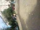 Девочки Бегают голышом по улицам Наташа и Лиана.)