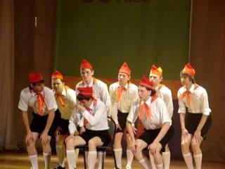 квартиры песни миниатюры квн в детском лагере летнем для Раков