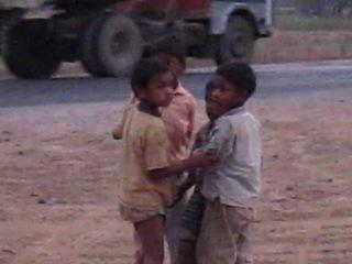 Діти в Кхаджурахо