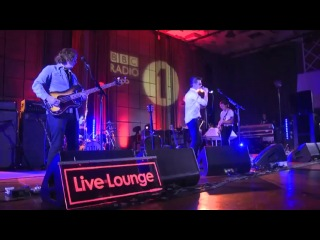 Arctic Monkeys cover Drake's Hold On, We're Going Home in the BBC Radio 1 Live Lounge